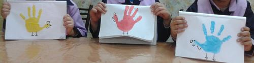 نقاشی پرنده با کمک دست