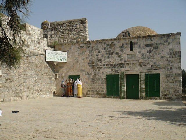 """آرامگاه منتسب به """" سلیمان نبی """" در بیت المقدس"""