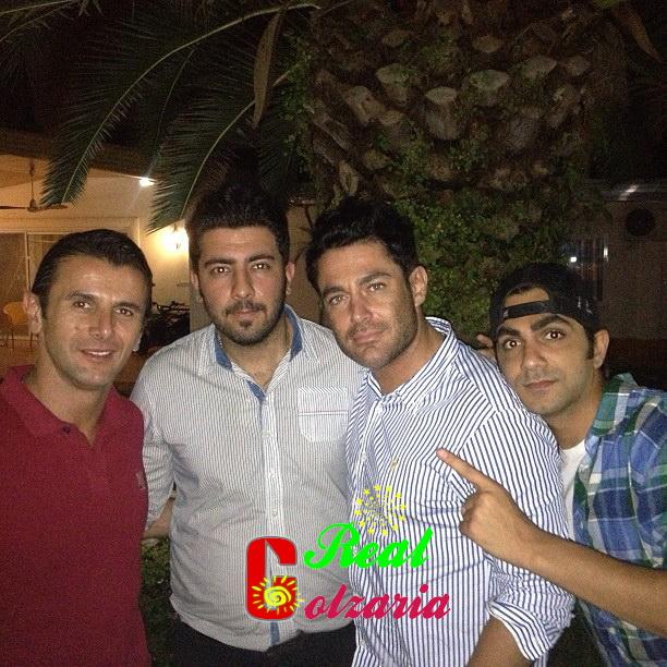 عکس محمدرضا گلزار با دوستان