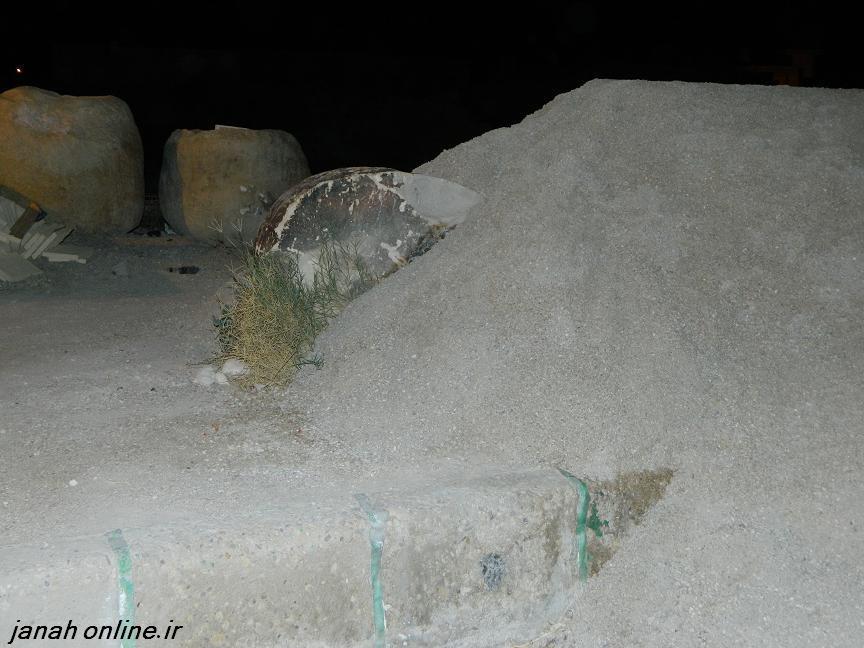 سنگ مصورجناح در زیرتلی ازخاک – اخطاری جدی برای دوست داران آثارباستانی شهر جناح