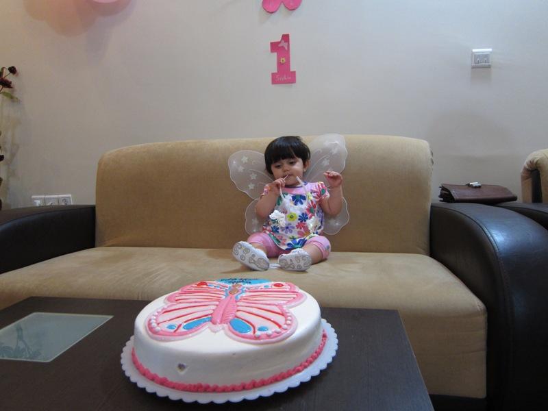 تولد 1 سالگی سوفیا دردونه با تم پروانه