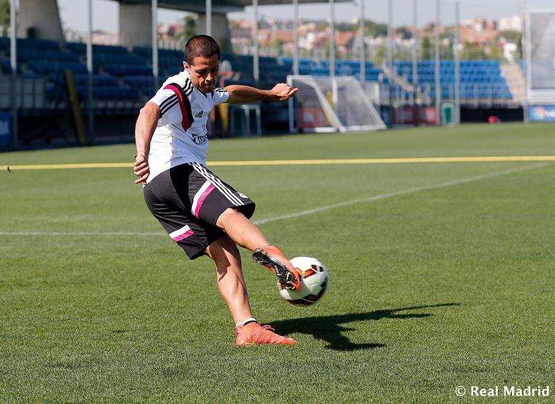 چیچاریتو در تمرینات رئال مادرید