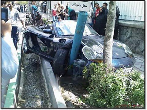 تصادف با ماشین چند صد میلیونی اونم اینجوری