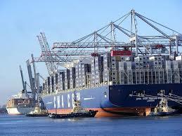 طرح توجیهی خرید کشتی باری و شناور باربری فلزی برای حمل بار
