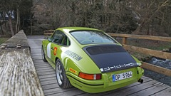 452-DP Motorsport Porsche 911 964 On The Bridge.jpg (240×135)