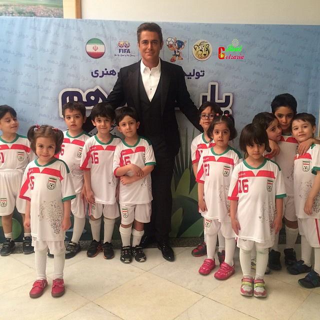 عکس محمد رضا گلزار در برنامه دوازدهم فوتبال