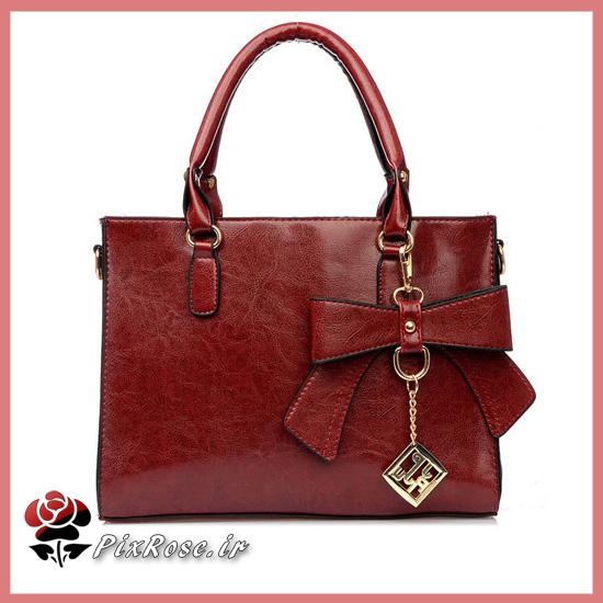 ع پسربچه کیف چرم زنانه