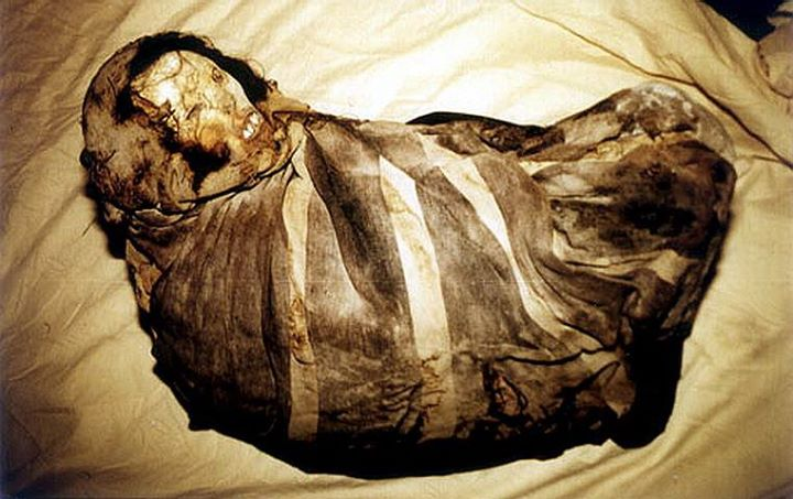 """جسد دختر بچه اینکایی ملقب به """" juanita"""" که در حدود 500 سال قبل در پیشگاه خدایان قربانی شده است."""